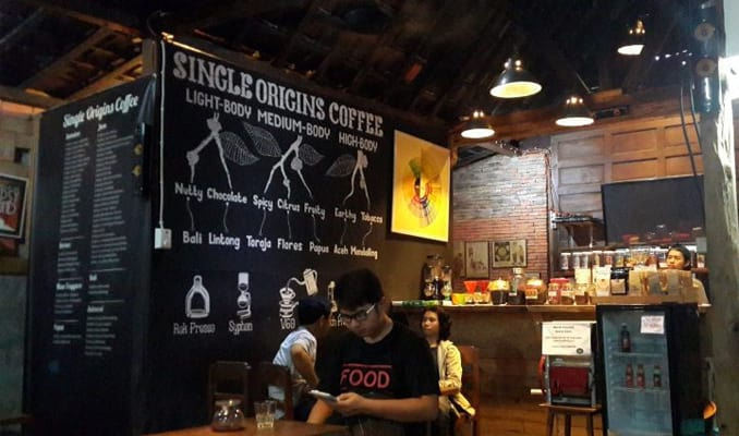 6 Tempat Ngopi di Solo yang Enak dan Bikin Nyaman Travel